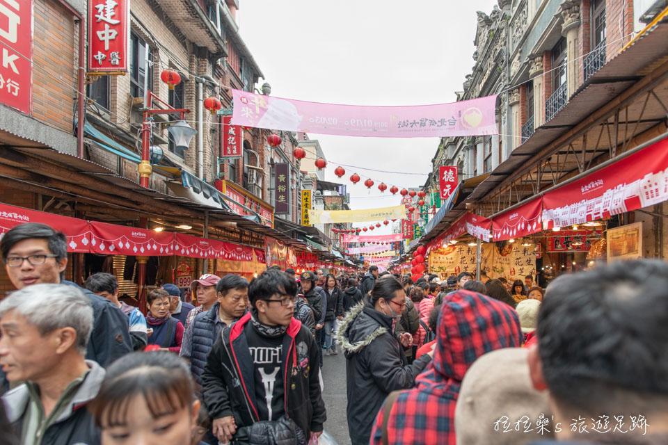 2019台北迪化街年貨大街,1/19~2/3 一起逛街、採買、試吃,感受新年的新氣象