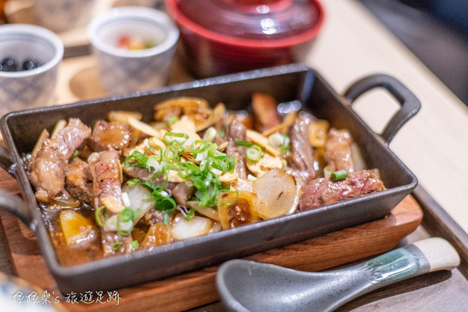 台中紅葉茶屋,必吃的美味「宇治抹茶提拉米蘇」,來自日本鐮倉的人氣名店,首先進駐台中三井 Outlet