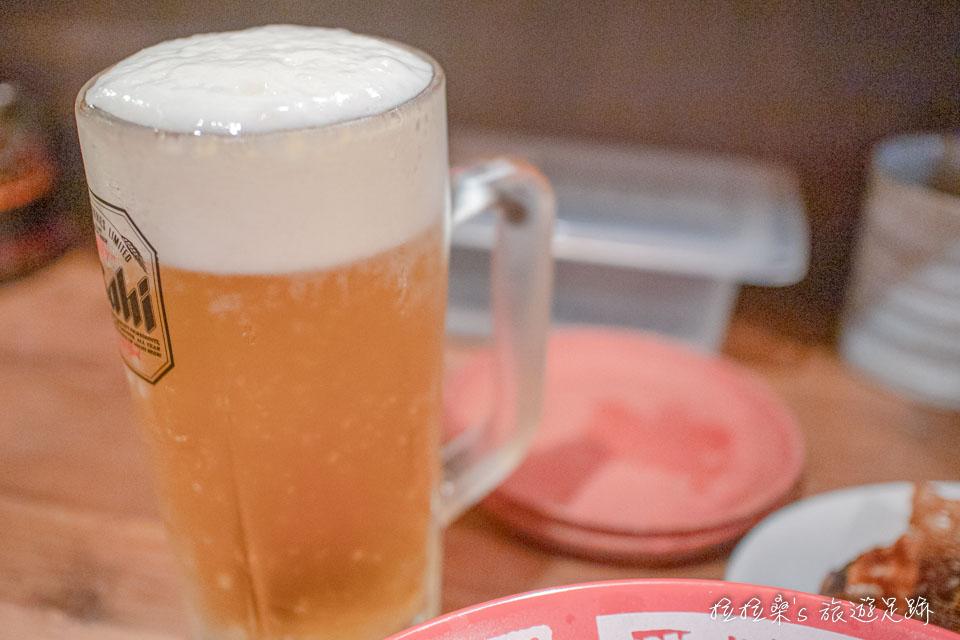 日本鹿兒島屋台村,每個屋台都有的生啤酒