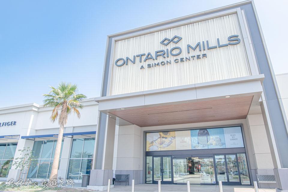 美國加州 Ontario Mills 8號門,想買COACH請停這附近