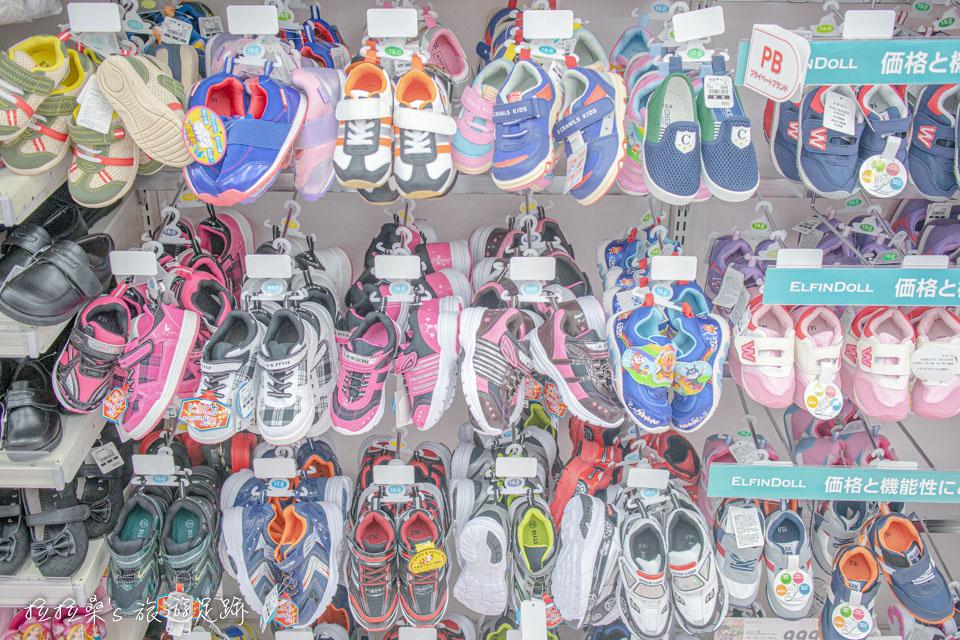 日本西松屋也有各種鞋襪可逛