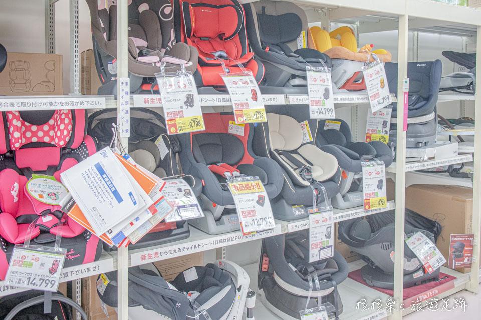 汽車座椅、嬰兒車在西松屋裡也都看得到