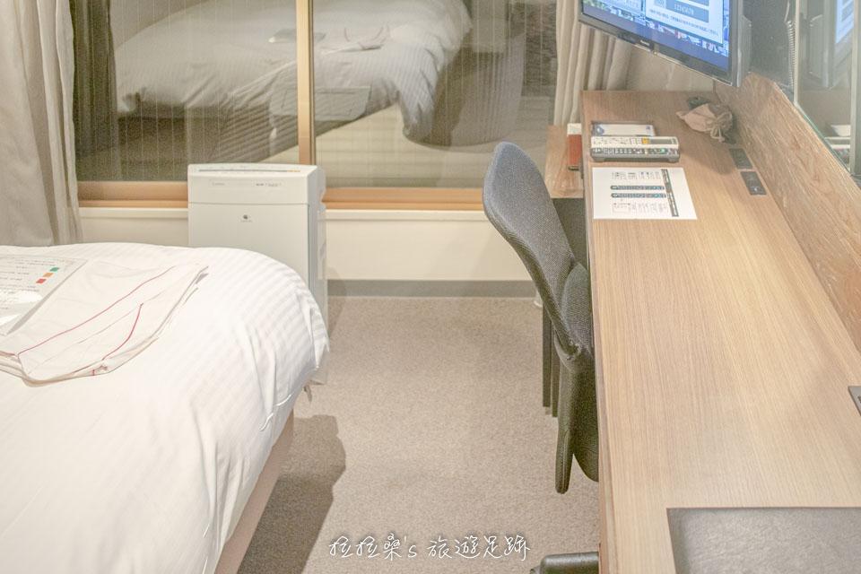 日本鹿兒島天文館之門飯店小型雙人房的樣貌
