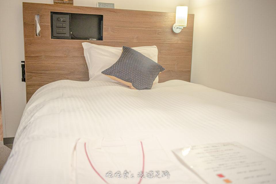 日本鹿兒島天文館之門飯店的小型雙人房,兩個人睡剛剛好