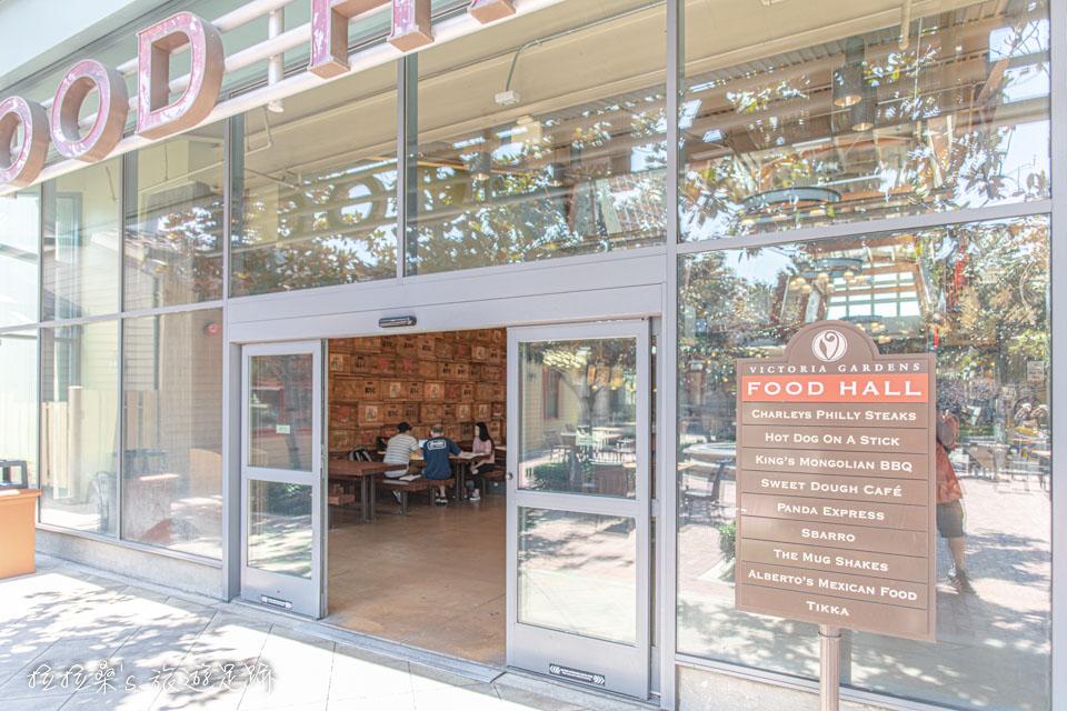 加州Victoria Gardens購物中心的美食廣場 Food Hall