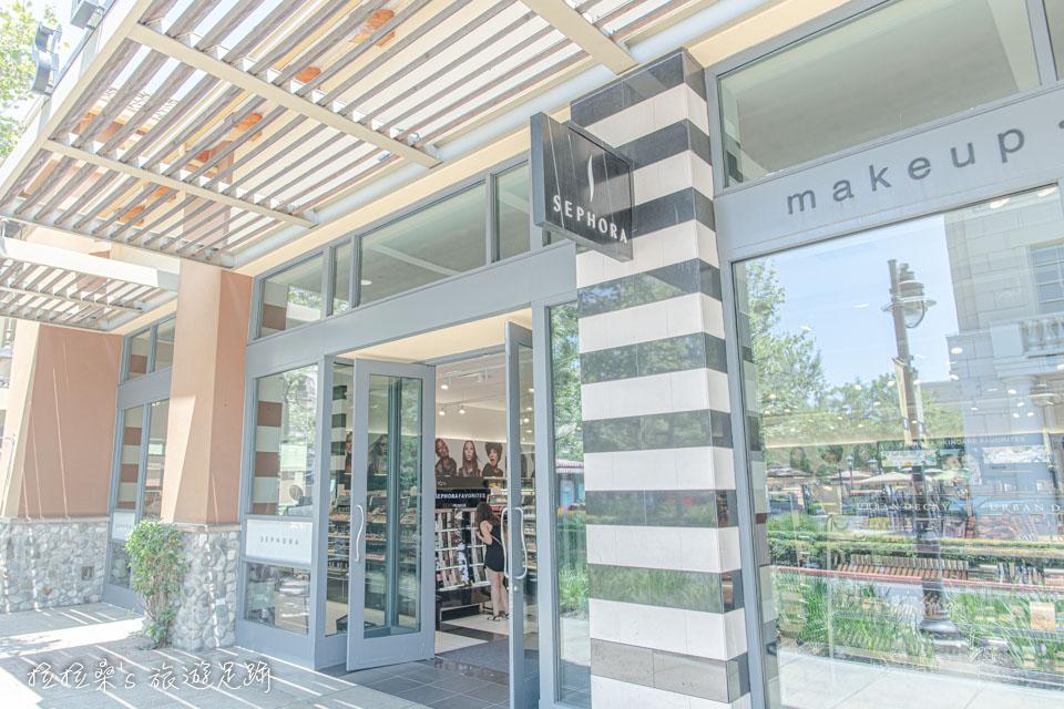 加州Victoria Gardens也有人氣美妝店SEPHORA