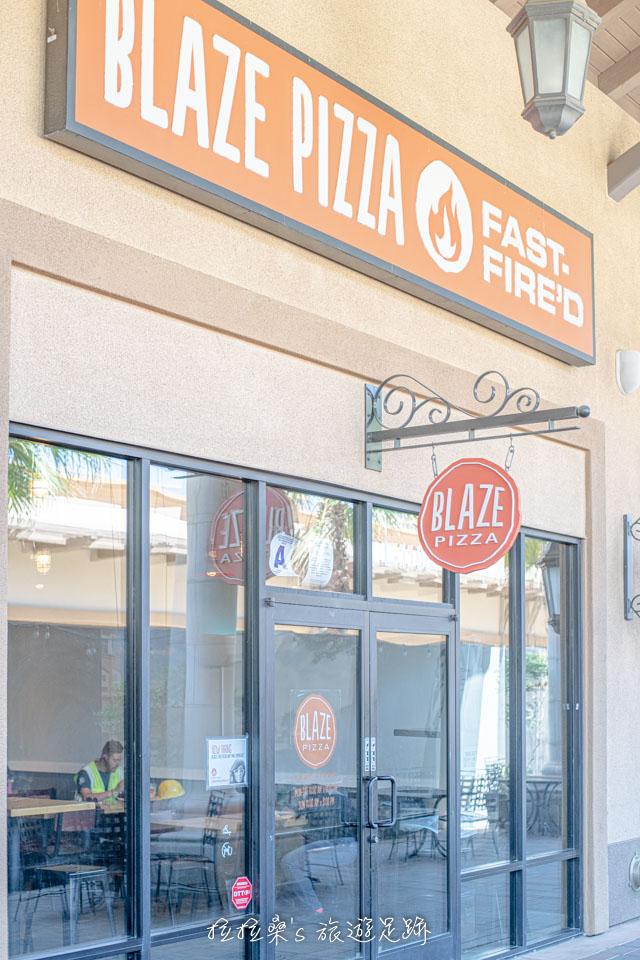 Blaze Pizza 在 Desert Hills Premium Outlets 也有分店