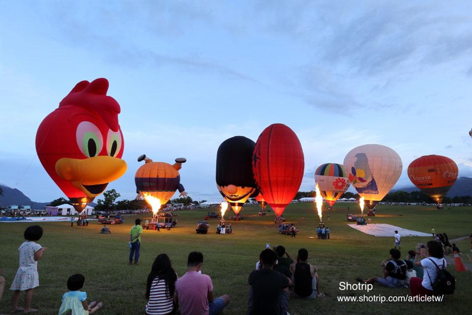 台東鹿野高台台灣熱氣球嘉年華,各國造型球展演爭豔,東台灣的夏日盛會!