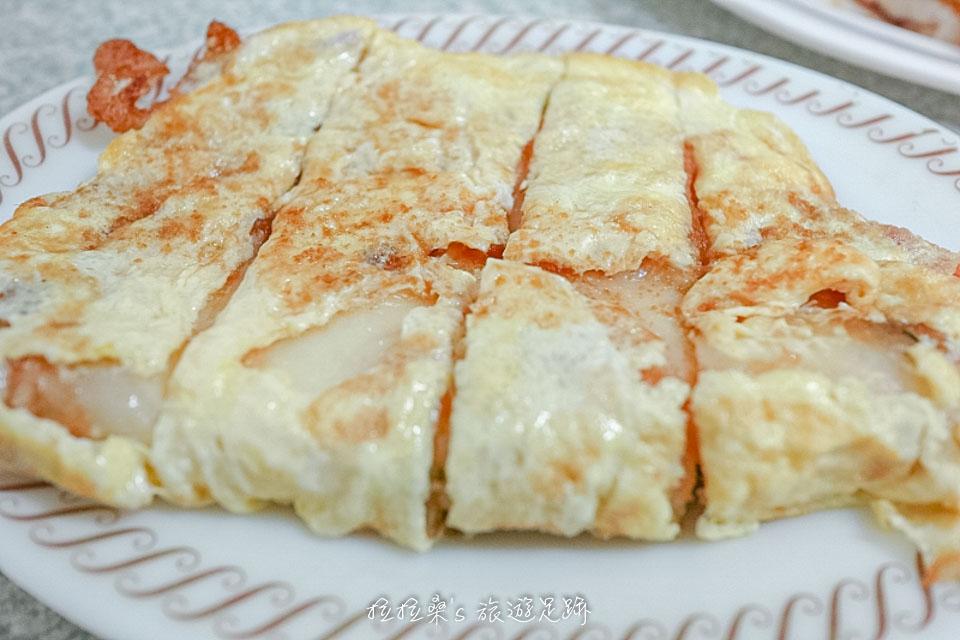 花蓮中福早餐店焦酥口味的加大蛋餅加蛋,酥酥脆脆的餅皮超美味