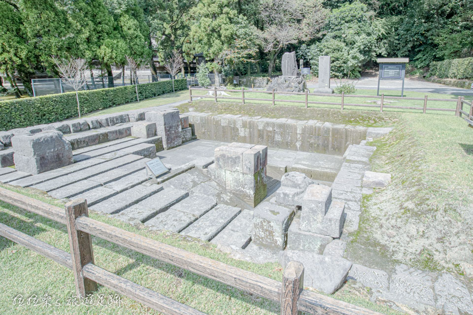 反射爐遺址跟仙巖園的尚古集成館,都是構成日本明治產業革命的世界遺產之一