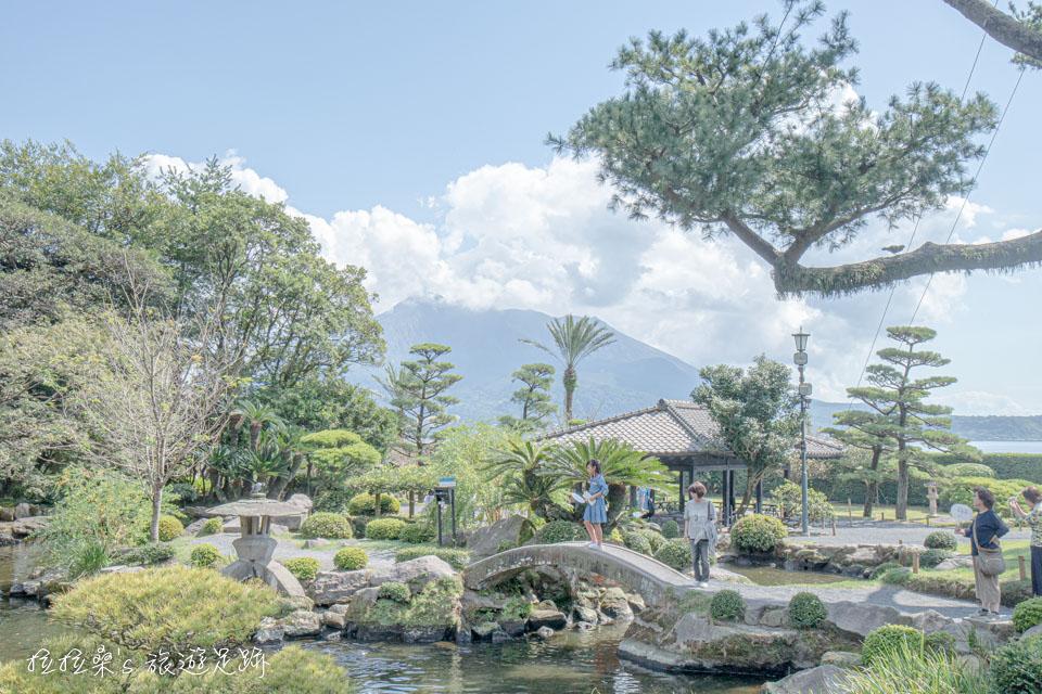 日本鹿兒島仙巖園,遠眺迷人櫻島,將活火山融入山水造景的日式庭院