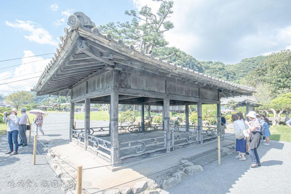 仙巖園中的望嶽樓,為17世紀時,琉球國王所贈送的