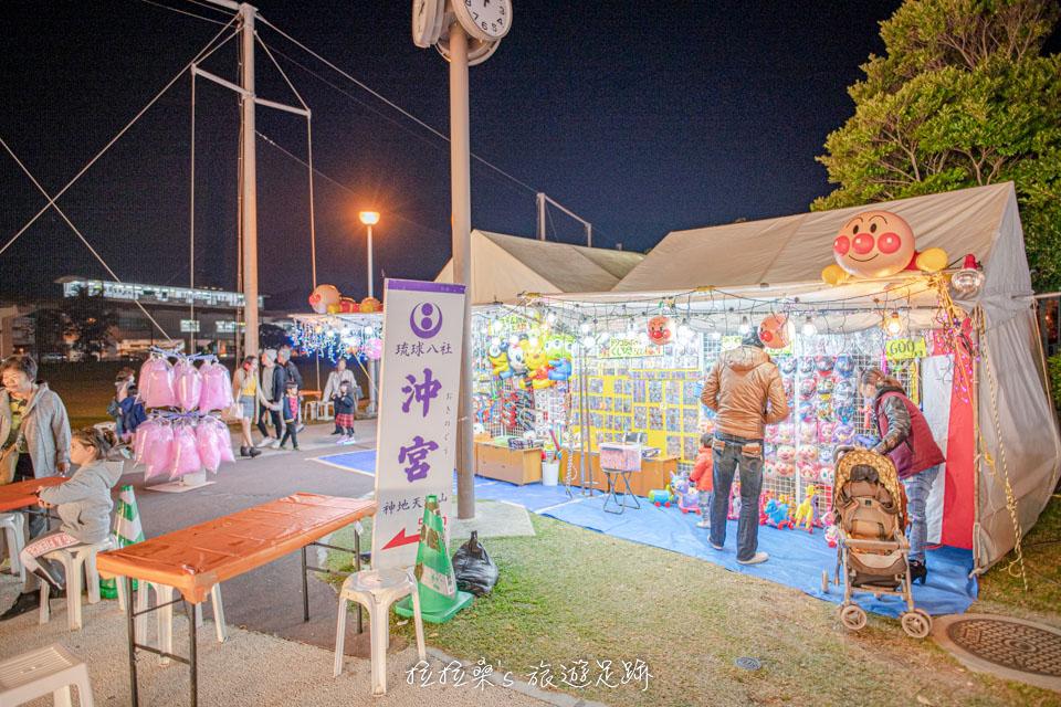 日本沖繩沖宮,在日本新年時有小市集可以逛,非常熱鬧