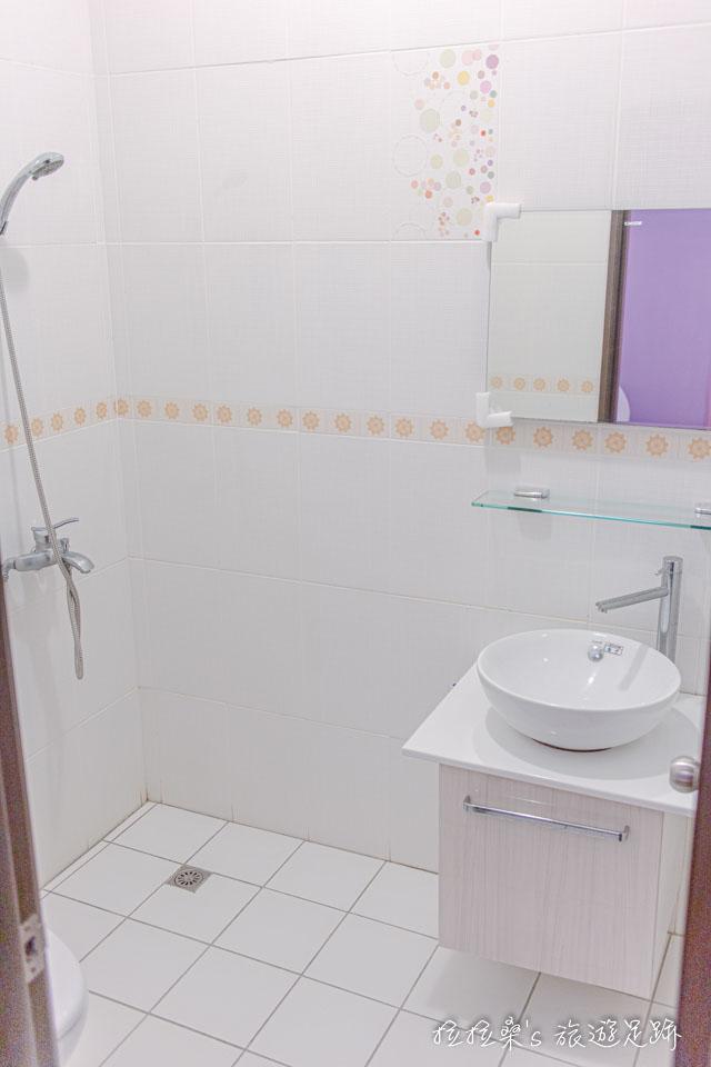戀戀台東民宿唯一的小缺點,大概就是沒有乾濕分離的浴室了吧