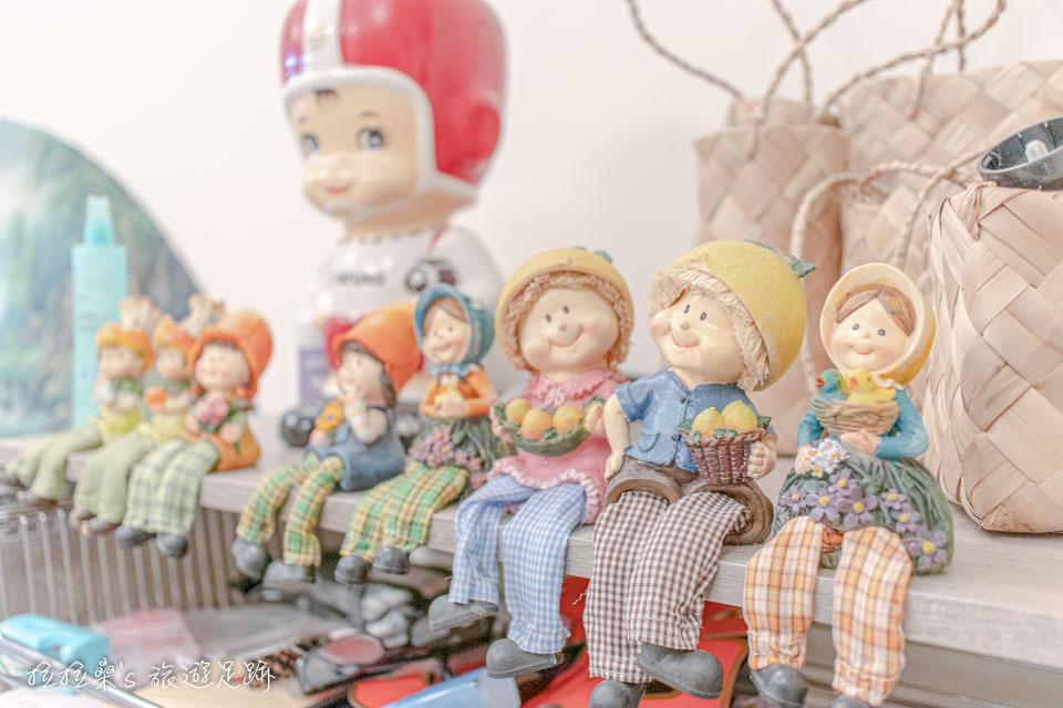戀戀台東民宿一樓的公共區有不少可愛的布偶裝飾
