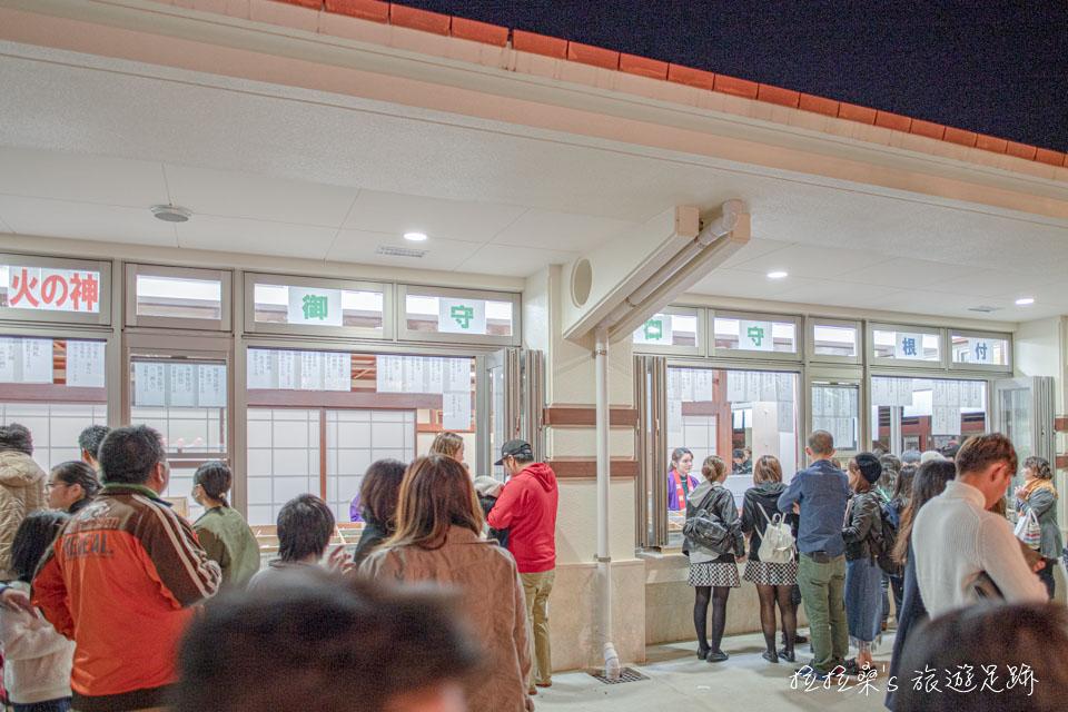 沖繩護國神社的祈願項目相當多,包括消災解厄、家内安全、學業、安産、交通安全、商売繁盛、病気平癒等等