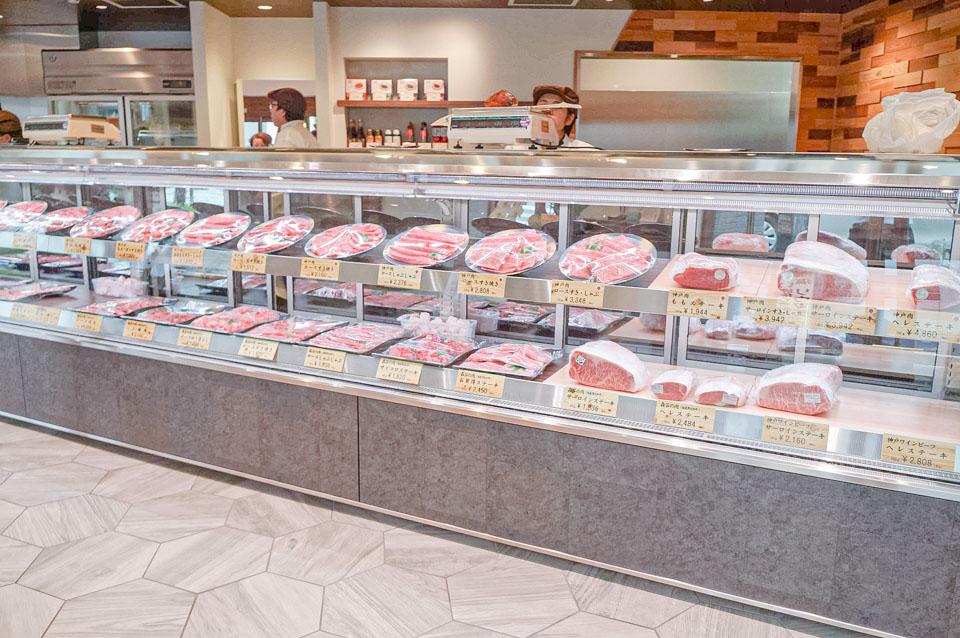 全名為本神戸肉森谷商店的森谷商店,最主要賣的是高品質的神戶牛