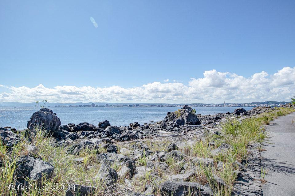 日本鹿兒島櫻島溶岩遊步道,伴著火山岩、海風漫步到展望台,日本遊步百選之一