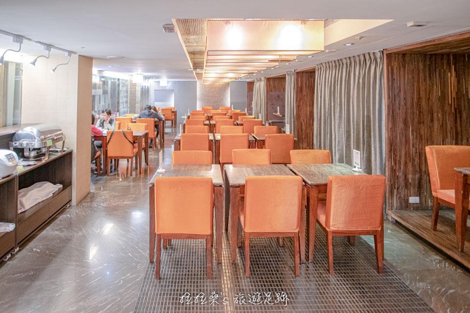 台中文華道會館3F的餐廳