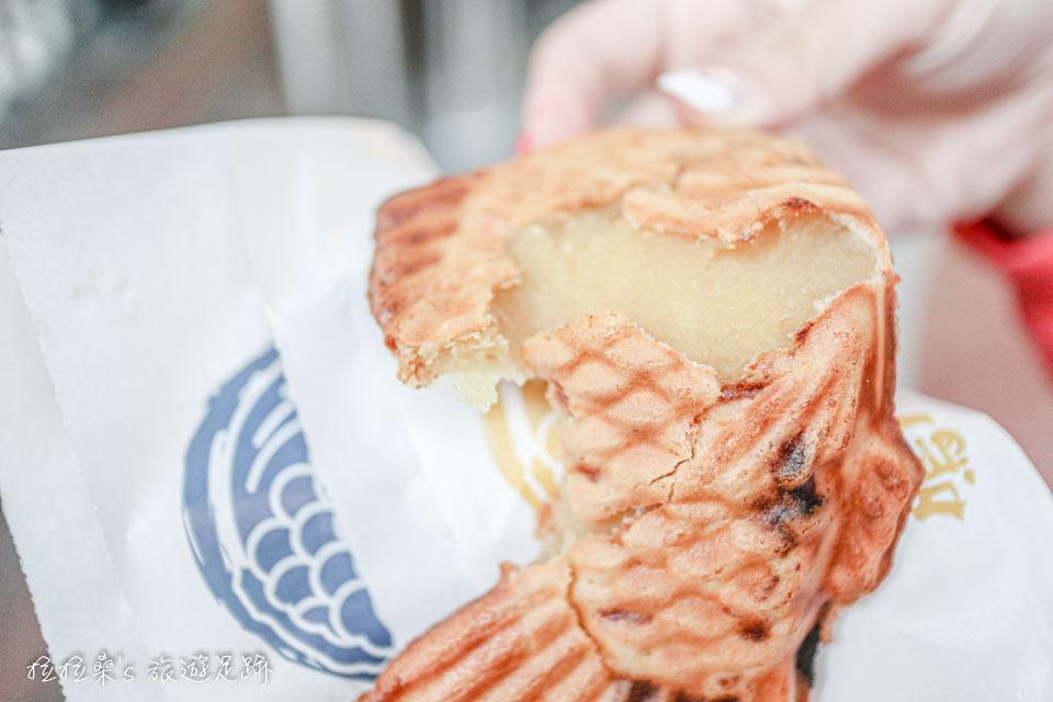 鳴門鯛燒本鋪地瓜口味的鯛魚燒,以金時產的地瓜做為內餡