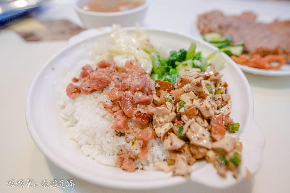 東一排骨白飯上的配菜會隨著時節做變換