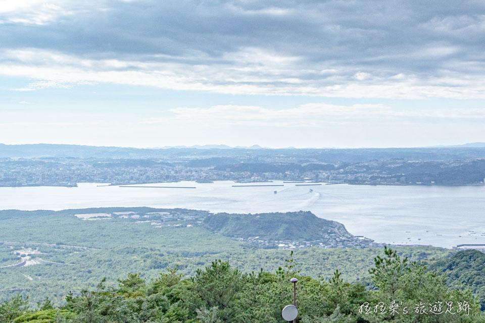 櫻島湯之平展望所能遠眺鹿兒島市區