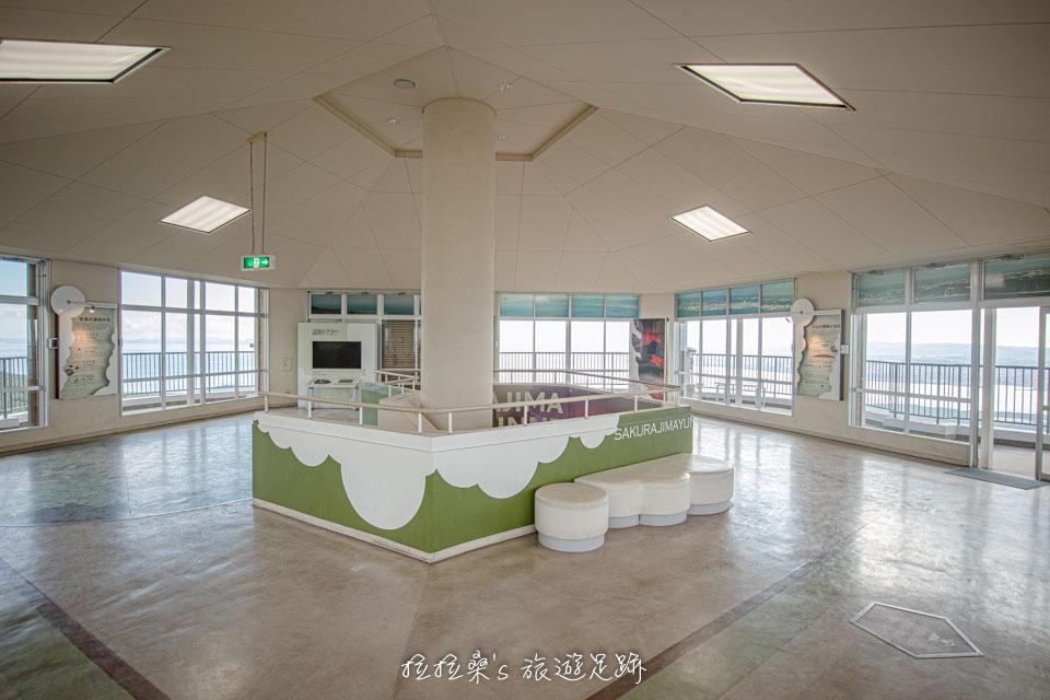 日本櫻島湯之平展望所2樓的觀景台