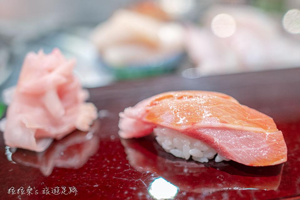 大和壽司是採無菜單,以當天主廚推薦料理為主,因此大家吃到的品項不一定相同
