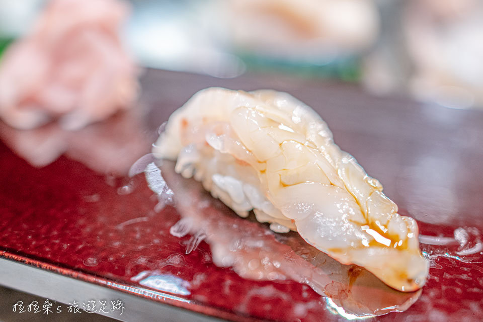 大和壽司的海老握壽司,也就是鮮蝦,肉質又嫩又鮮甜