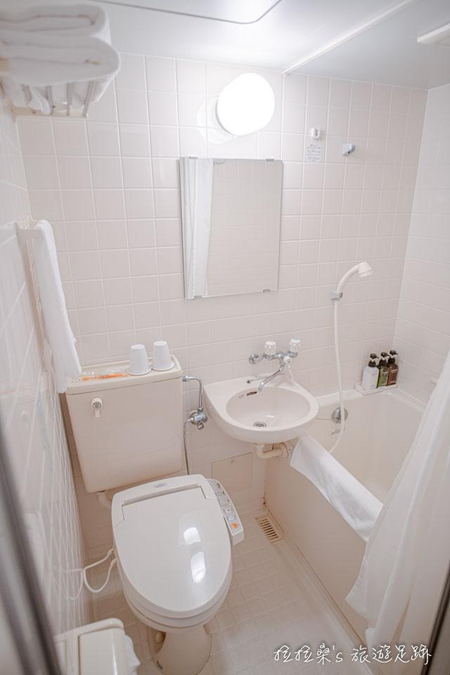 沖繩那霸公園球場飯店客房的衛浴