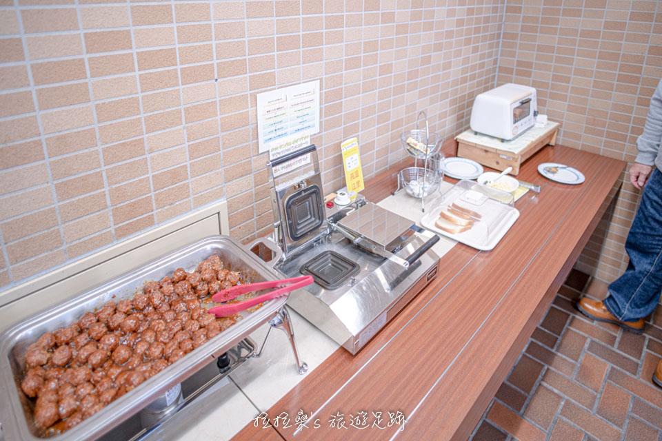 沖繩那霸公園球場飯店的早餐有熱壓吐司機