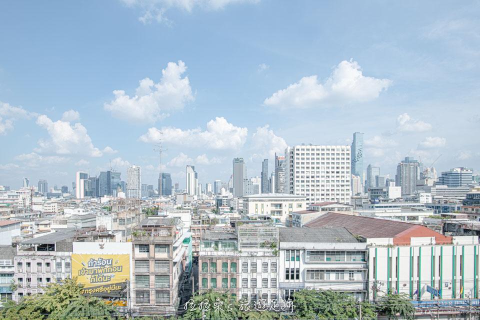 TCDC泰國創意設計中心5樓的小花園,能近距離欣賞曼谷舊城區市景