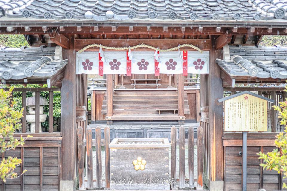 天滿神社的本殿奉著學識之神菅原道真