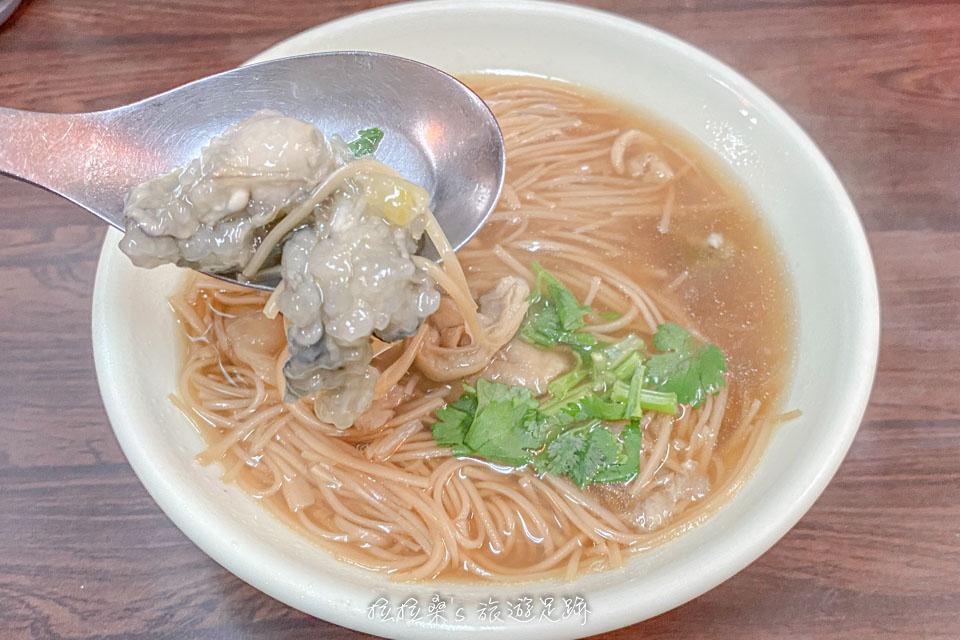 饒河街觀光夜市的推薦美食,東發號蚵仔麵線
