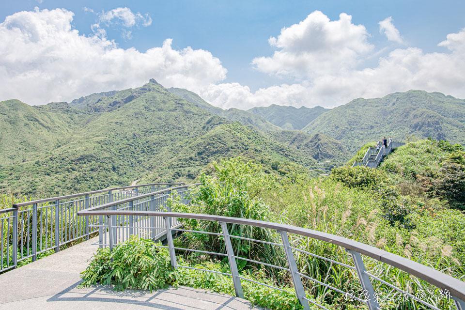 報時山步道也能遠眺茶壺山、半屏山、燦光寮山等山景