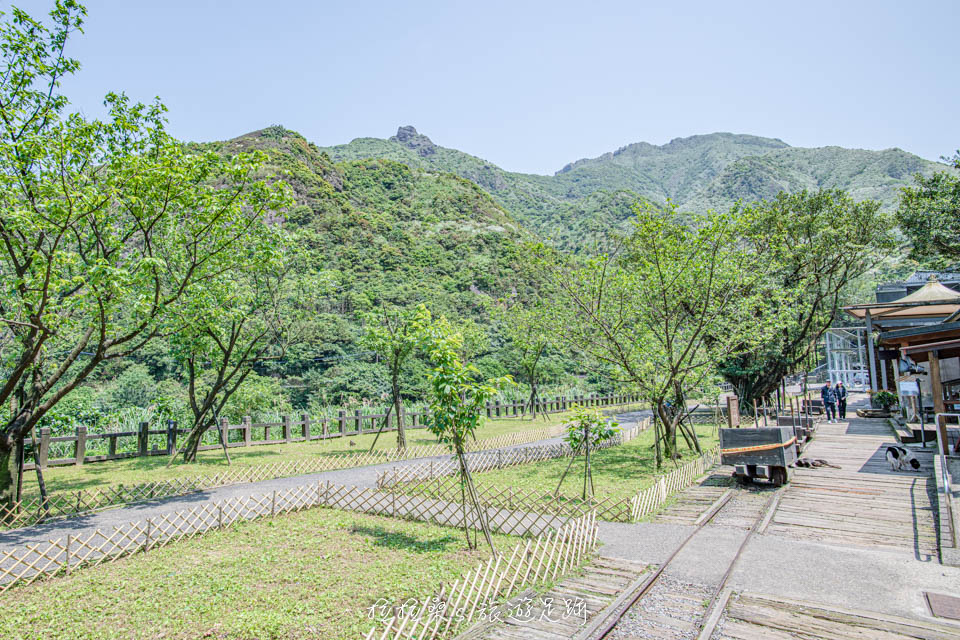 金瓜石神社的入口在黃金博物館的園區裡