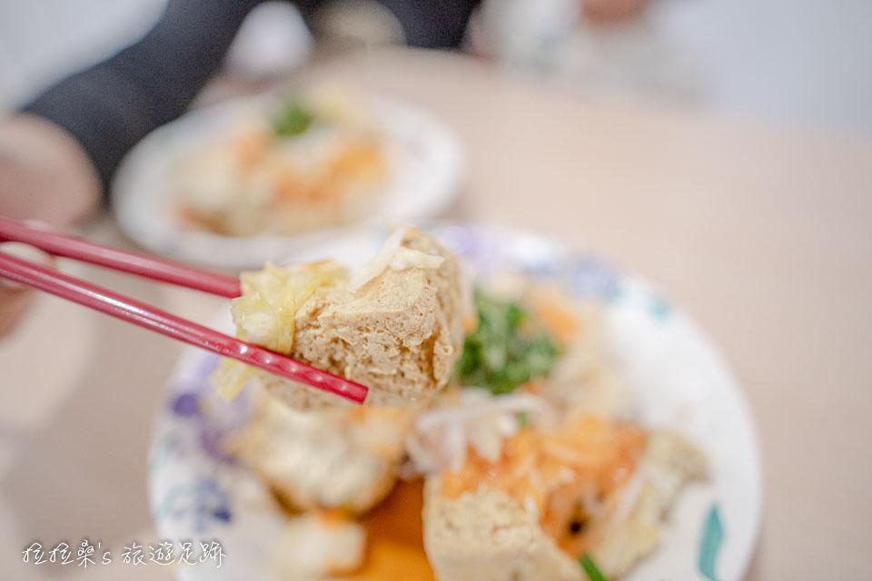 花蓮玉里橋頭臭豆腐新樂園分店一樣非常好吃