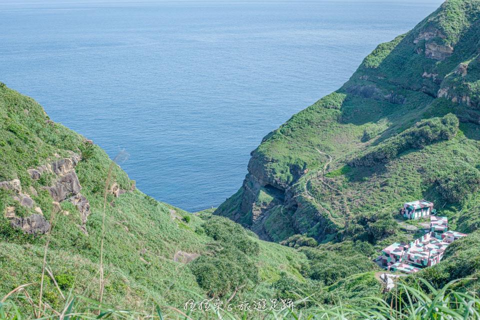 鼻頭角步道迷人的山海景色