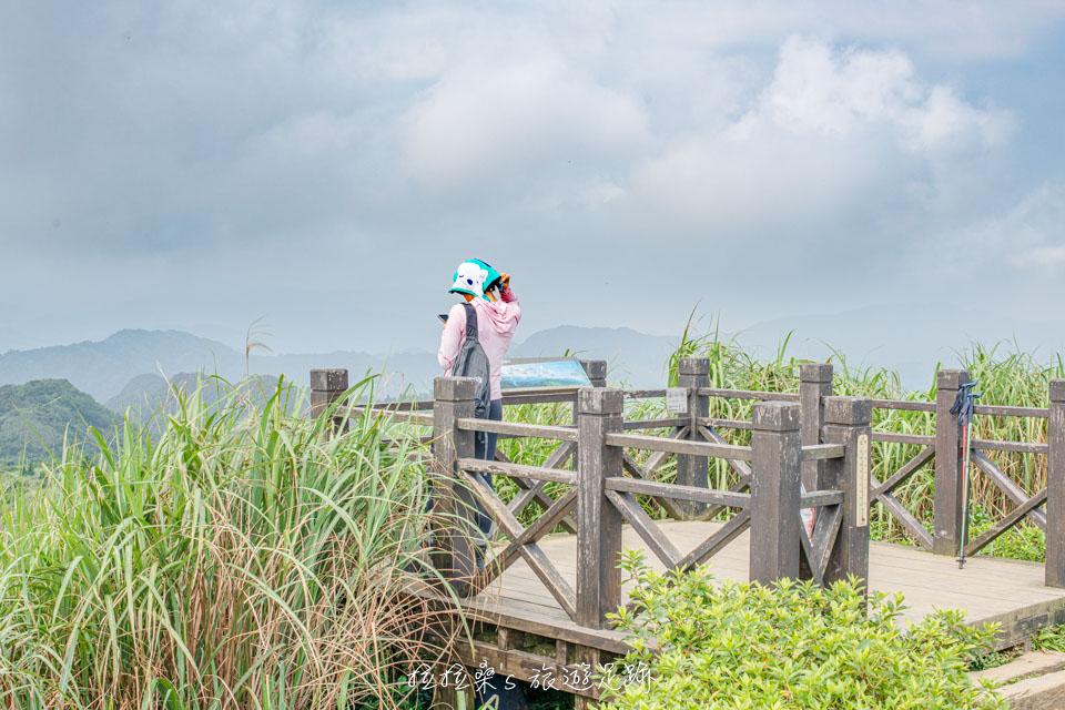 基隆姜子寮山步道,山頂360度環景展望,遠眺四周翠綠群山,視野絕佳的小百岳