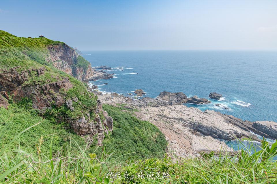 龍洞岬步道有著絕美的看海視野