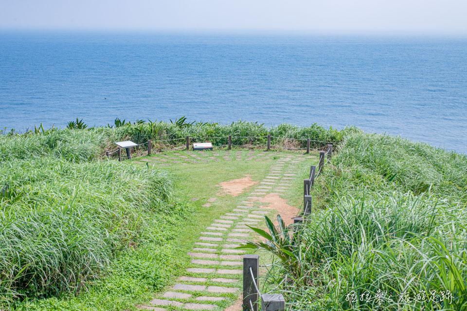 龍洞岬步道景色最美景觀平台