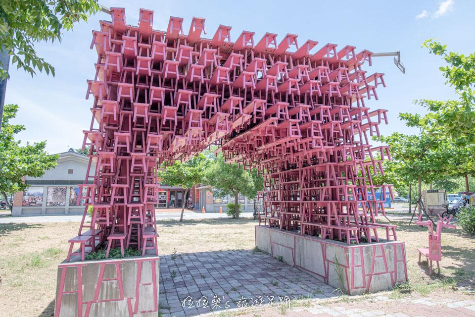 彰化鹿港鎮立兒童公園附近的裝置藝術
