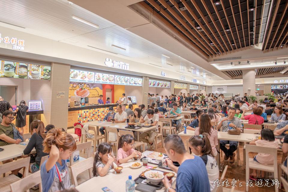 桃園華泰名品城Outlet選擇多的美食街及主題餐廳