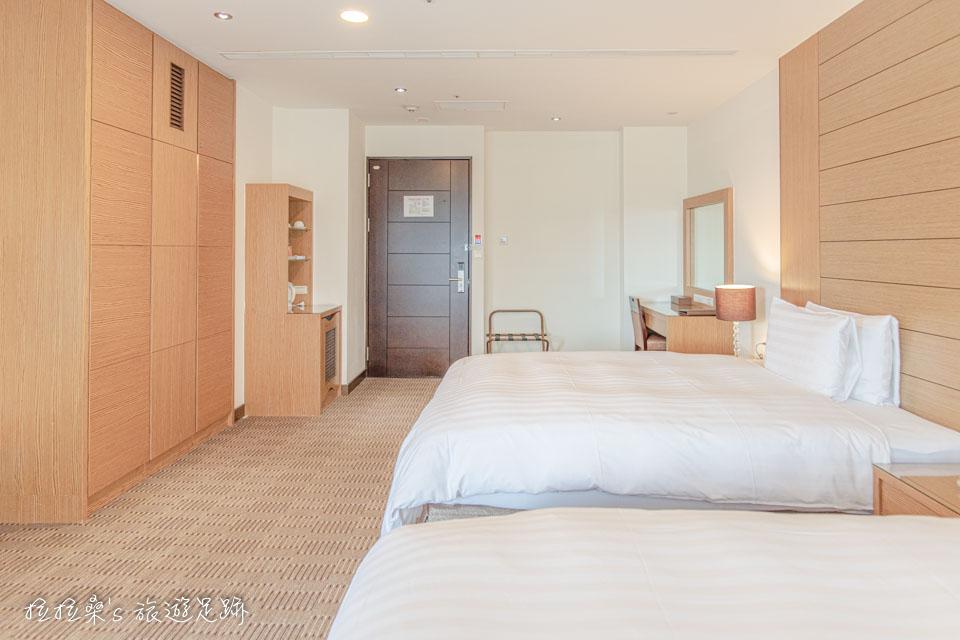 承萬渡假飯店的四人房不只寬敞、風景也超好