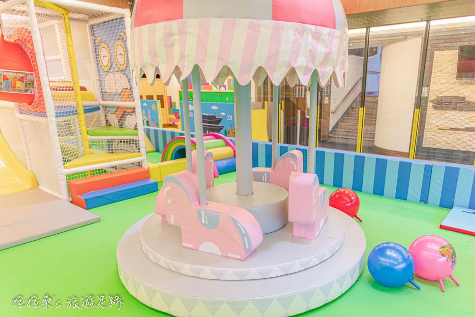 承萬渡假飯店超大間兒童遊戲室最受大家喜愛