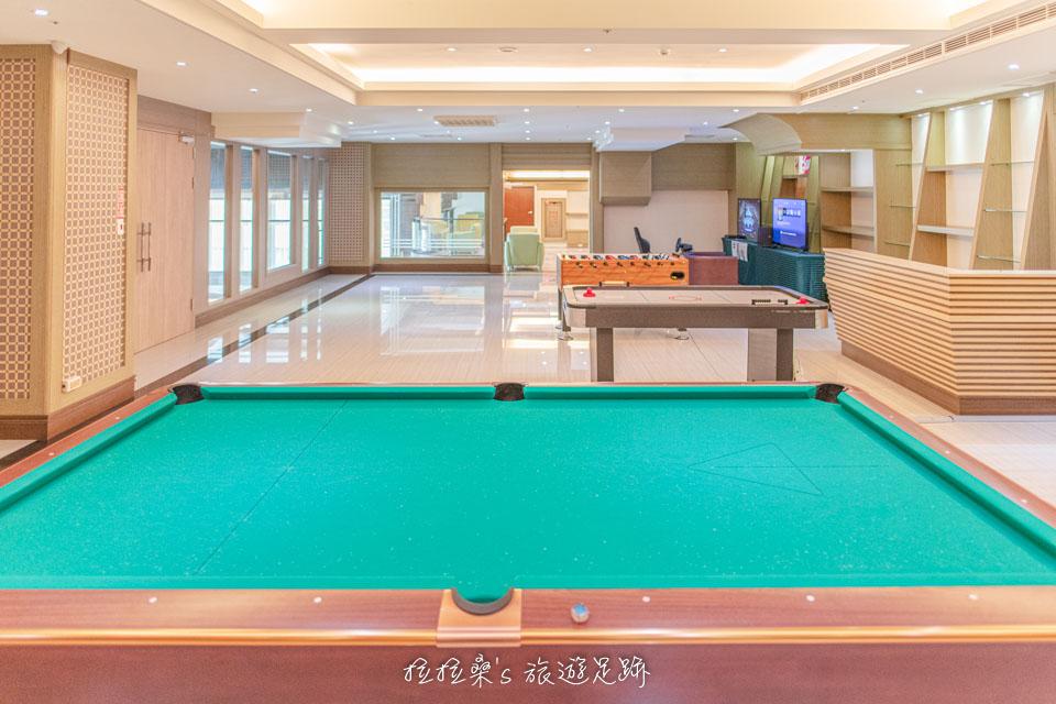 承萬渡假飯店大廳2F的休憩室