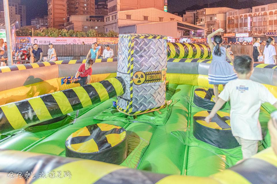 樹林興仁夜市兒童遊戲區是小孩子的最愛