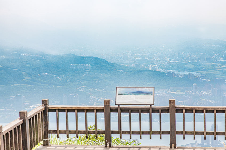觀音山硬漢嶺最高處的觀景平台